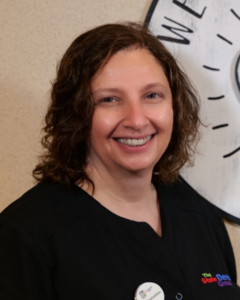 Dr. Alejandra Costantino